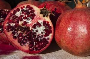 Erdbeer Granatapfel Olivenblatt Tee